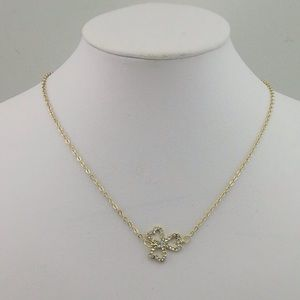 Jewelry - Gold Clover Necklace